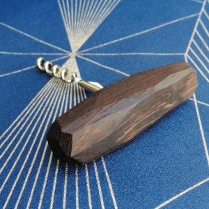 Tire-bouchon en bois