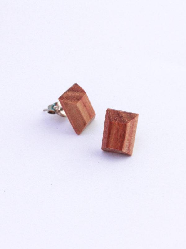 Clous d'oreilles bois de rose